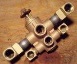 Fuel selector valve - Clean1.jpg