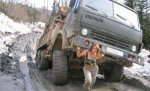 car-humor-joke-funny-traffic-truck-russian-military-girl-driver.jpg