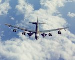 B-52_with_two_D-21s.jpg
